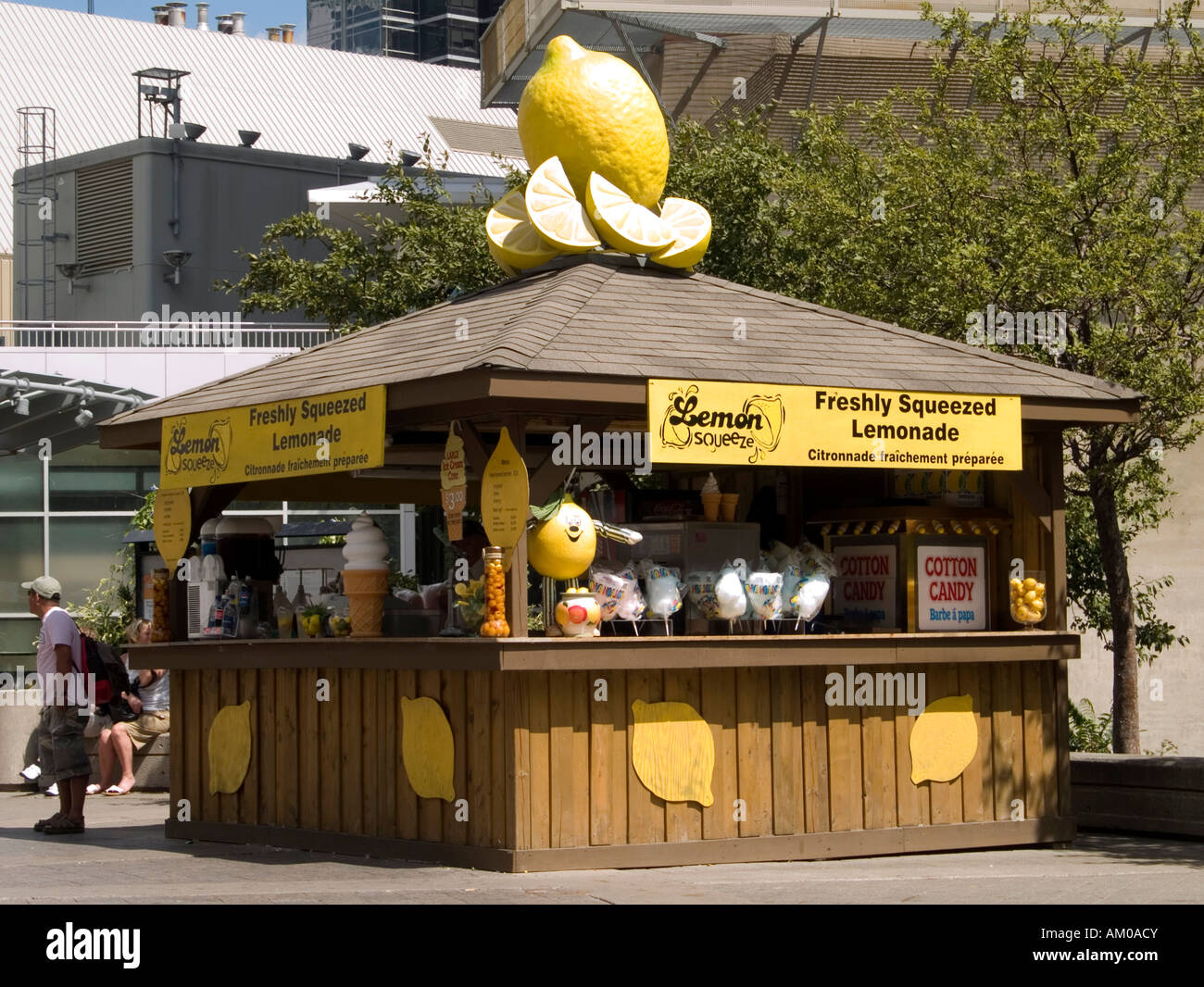 A freshly squeezed lemonade stand selling refreshments in for Lemon shaped lemonade stand