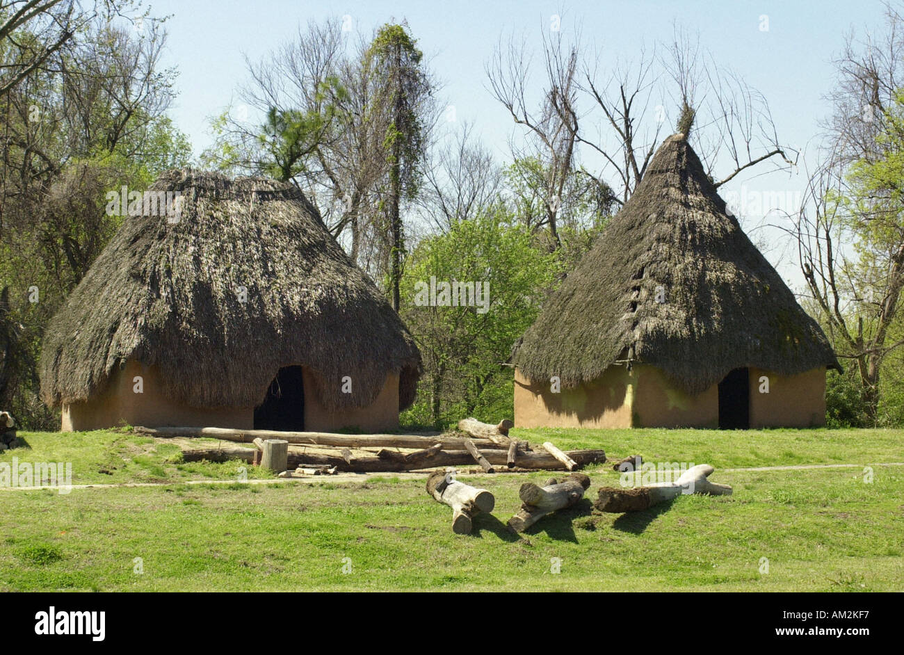 Chucalissa village a 1500s Mississippean reconstructed site ...