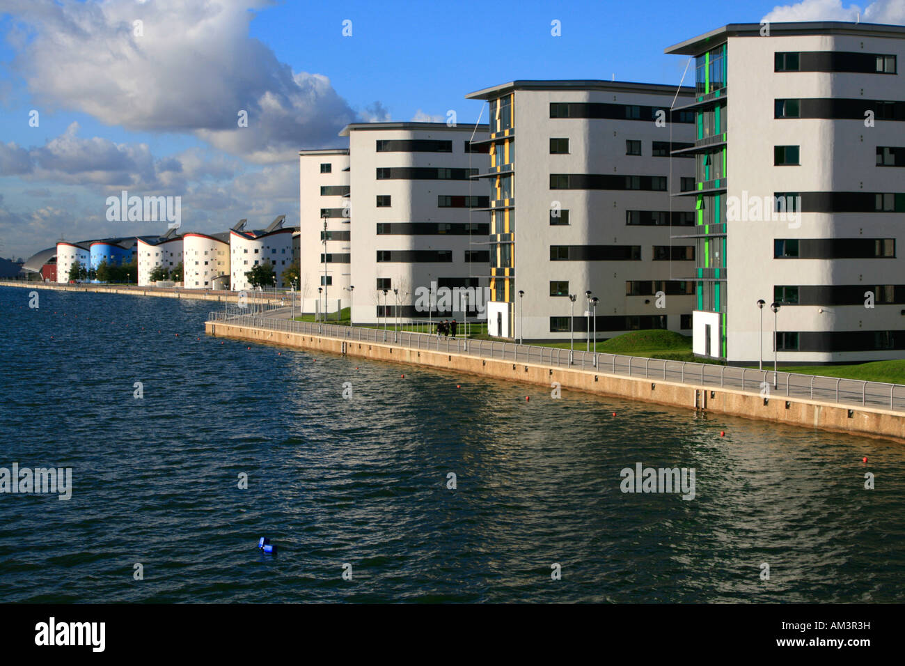 royal albert docks university way new build london england uk gb