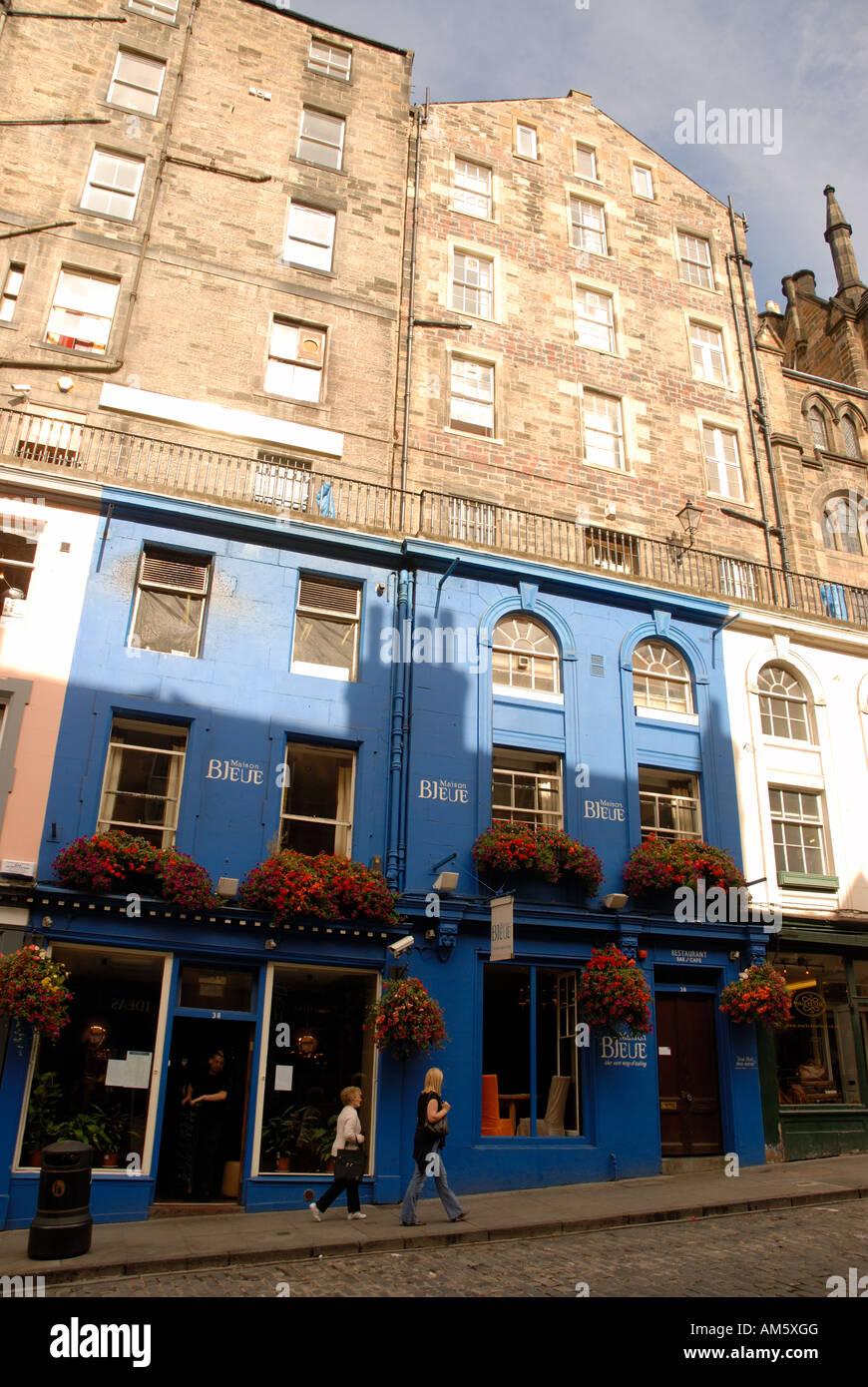 La maison bleue victoria street edinburgh scotland stock photo royalty free image 15158943 alamy - Maison bleue mobel ...