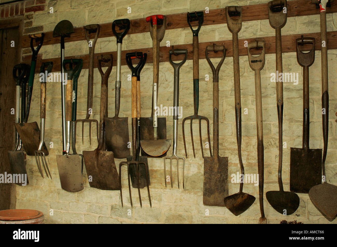 How to hang tools in shed to hang tools in shed rows of for Gardening tools wikipedia