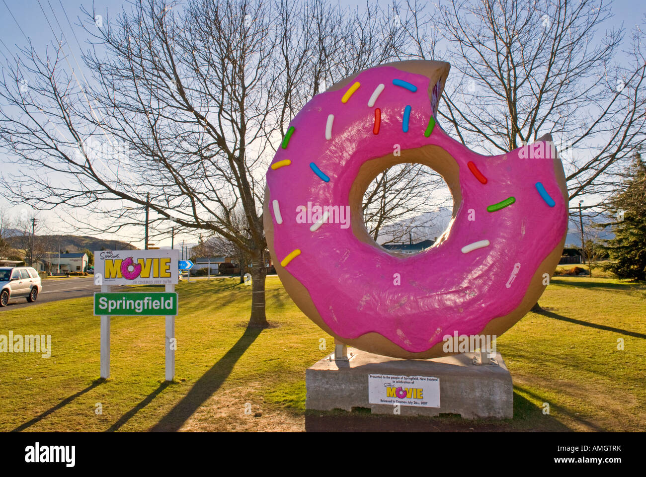 the simpsons doughnut sculpture in the town of springfield
