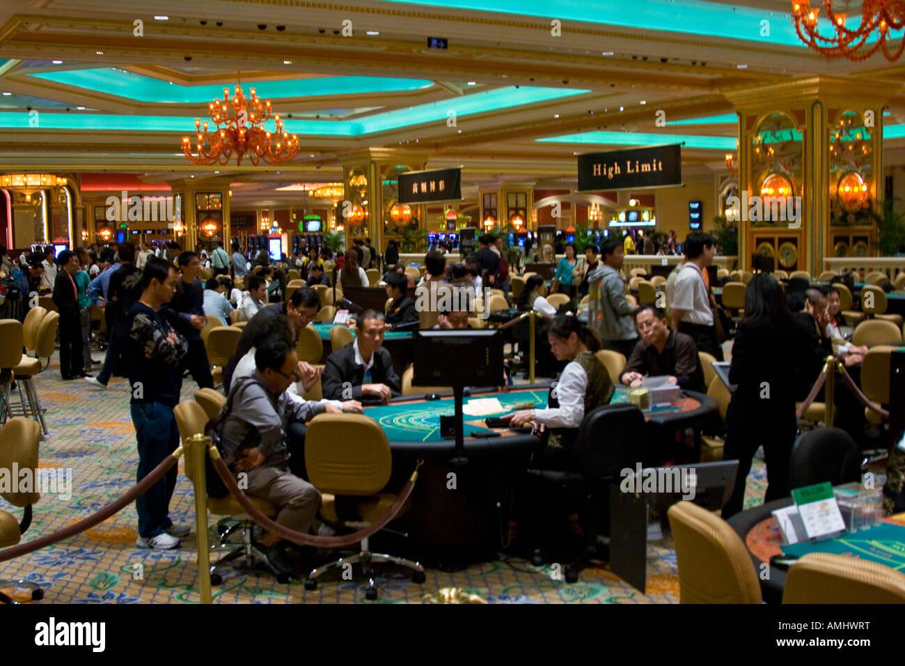 venetian macau casino table games