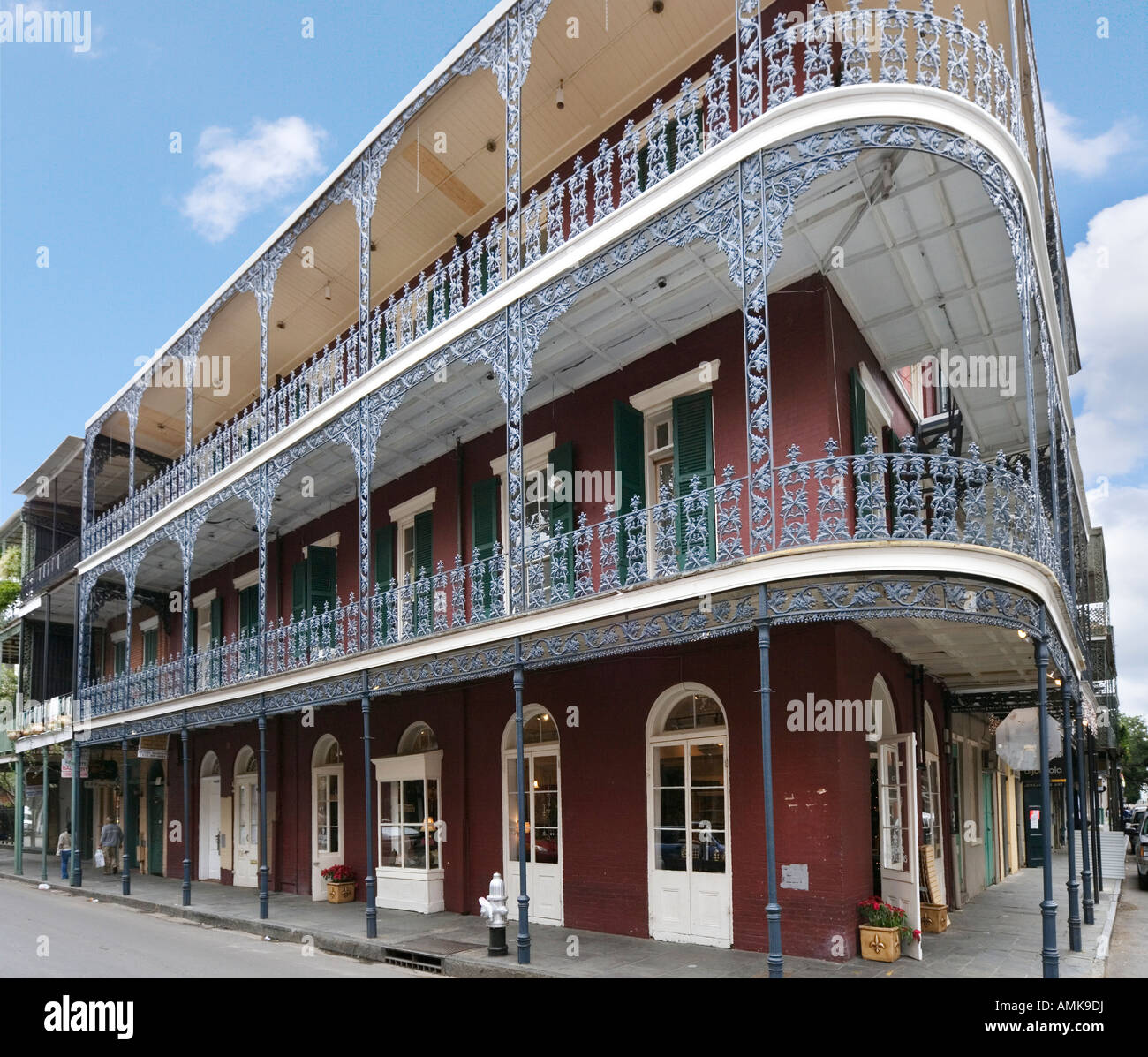 Typical wrought iron balconies french quarter new for French quarter balcony