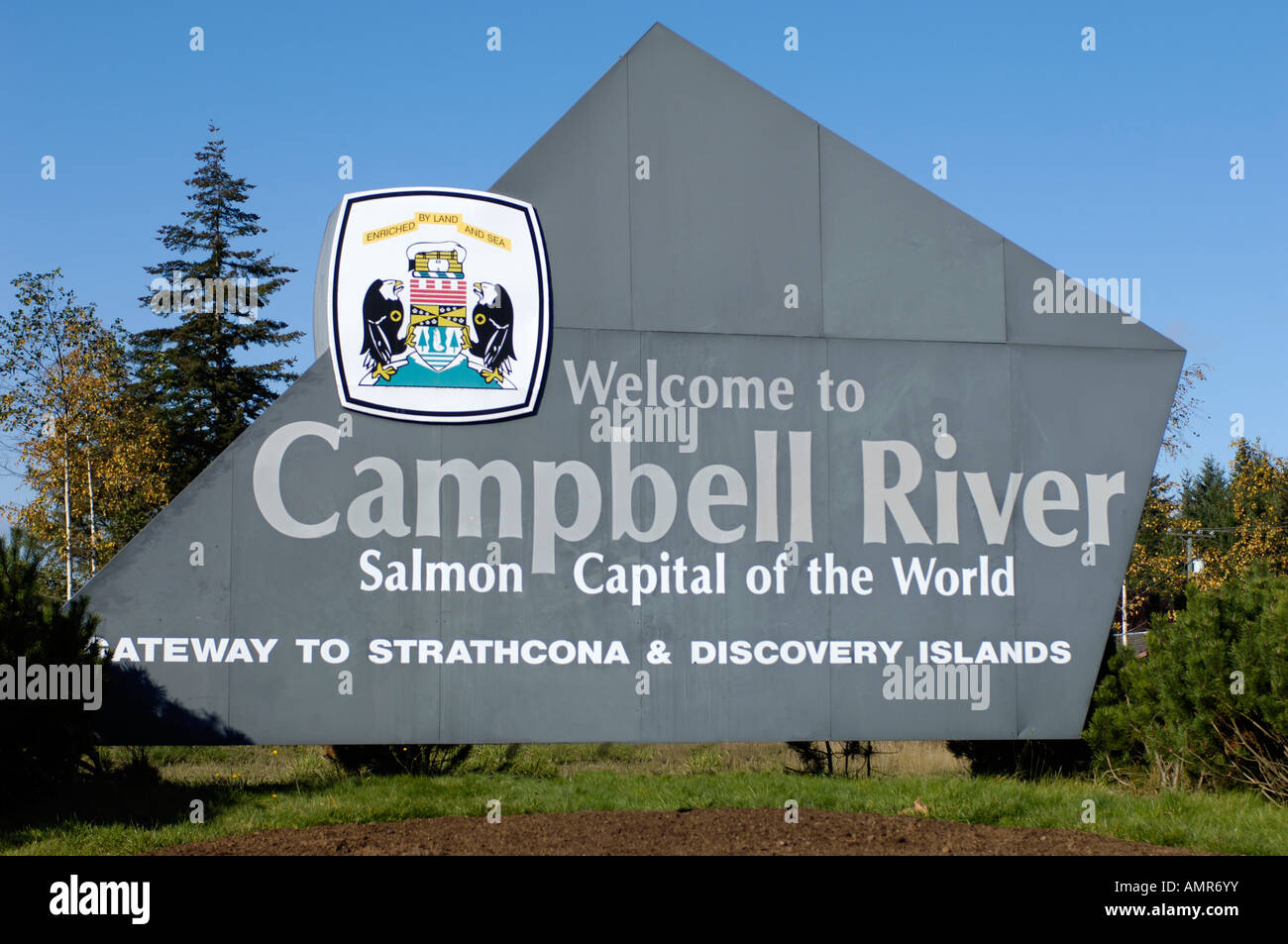 Campbell River Town Entrance Welcome Sign Vancouver Island Bc Canada