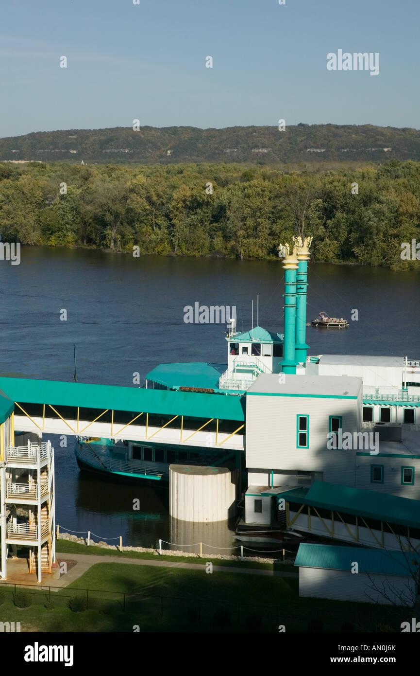 Isle of capri casino marquette luxor hotel and casino confirmation