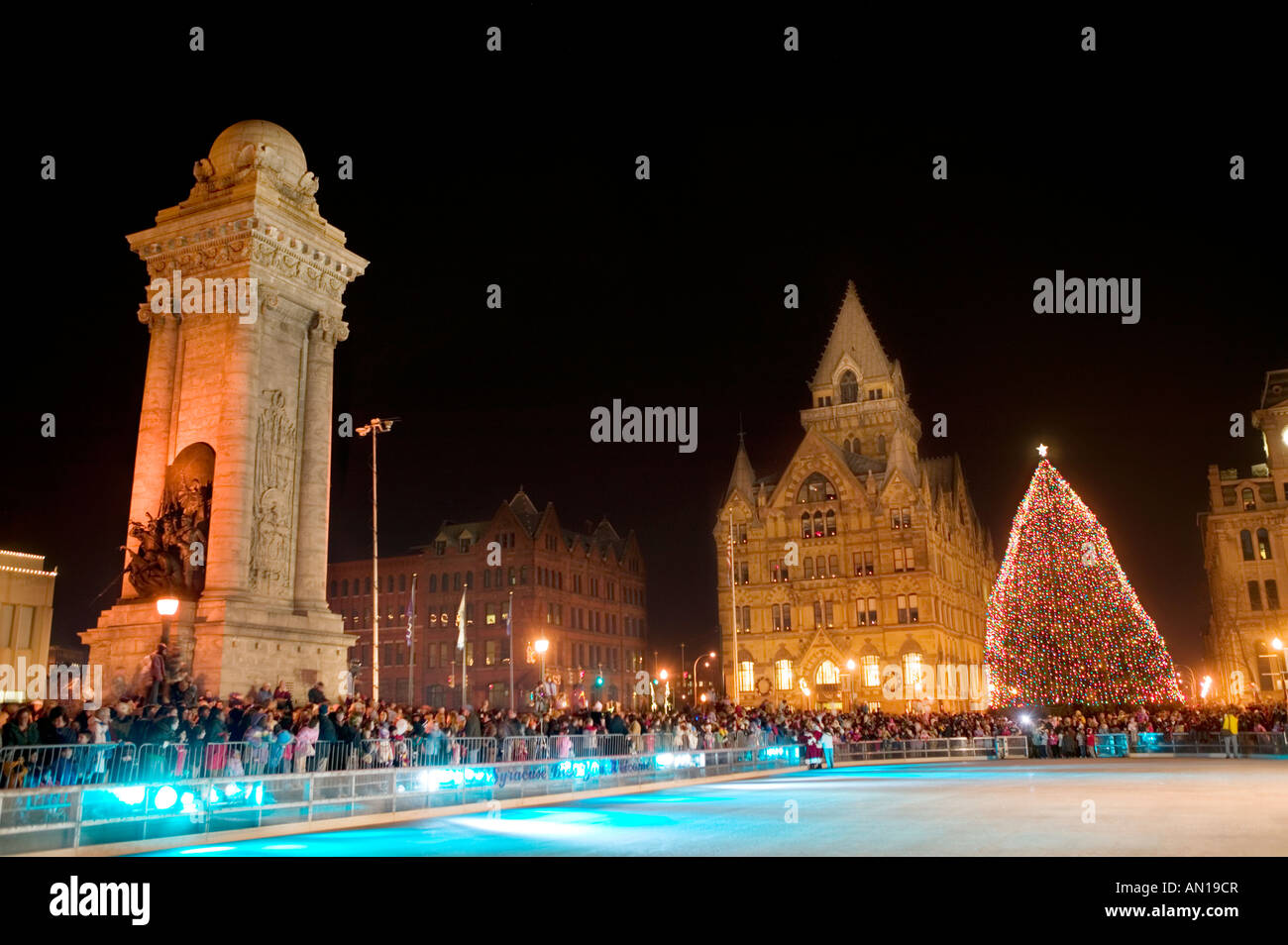 Christmas tree lighting ceremony in Clinton Square Syracuse New York & Christmas tree lighting ceremony in Clinton Square Syracuse New ... azcodes.com