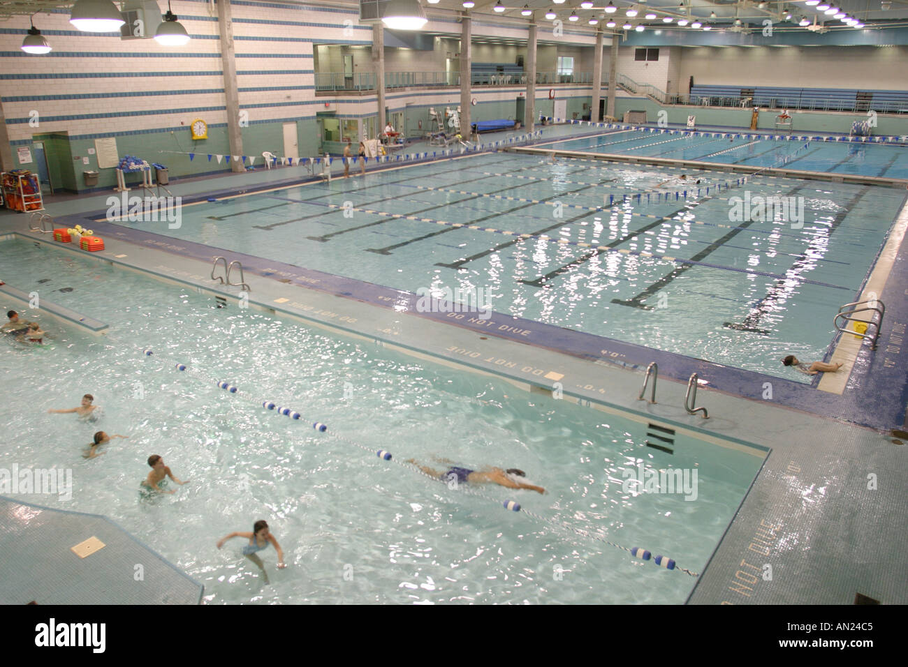 Raleigh North Carolina Pullen Park City Aquatic Center Stock Photo Royalty Free Image 1385668