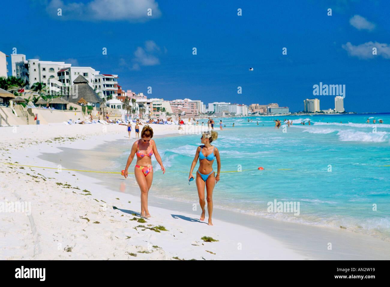 women of cancun