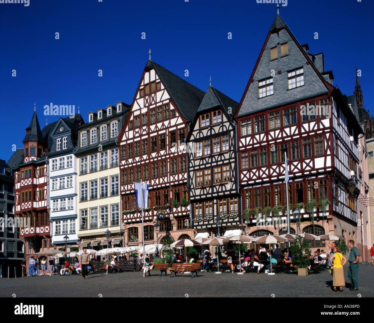 The Romer Romerberg Cafes In The Main Square Frankfurt - Hessen germany