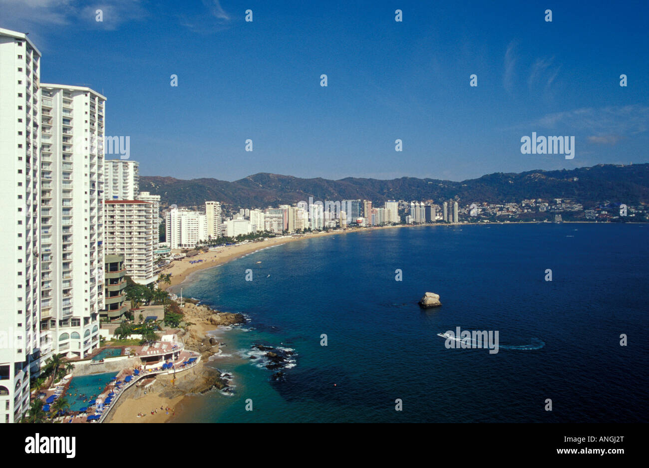 modern-high-rise-hotels-lining-acapulco-