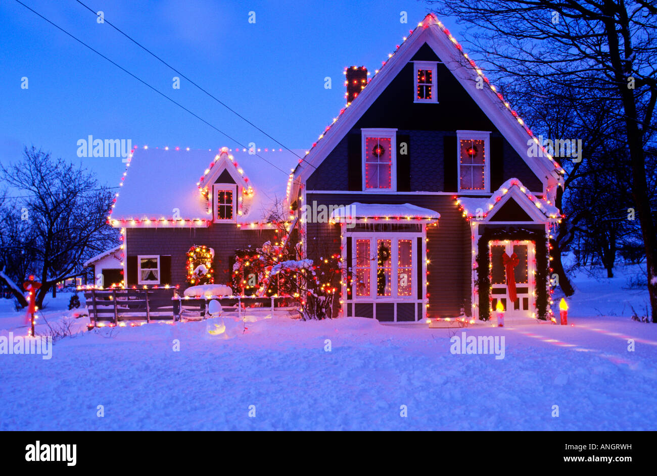 Christmas Homes Decorated Home Decorated For Christmas Crapaud Prince Edward