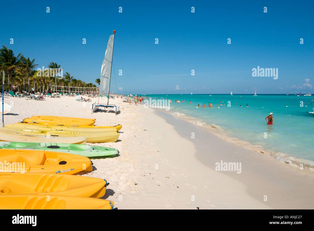 Beach Outside Hotel Riu Yucatan Playacar Playa Del