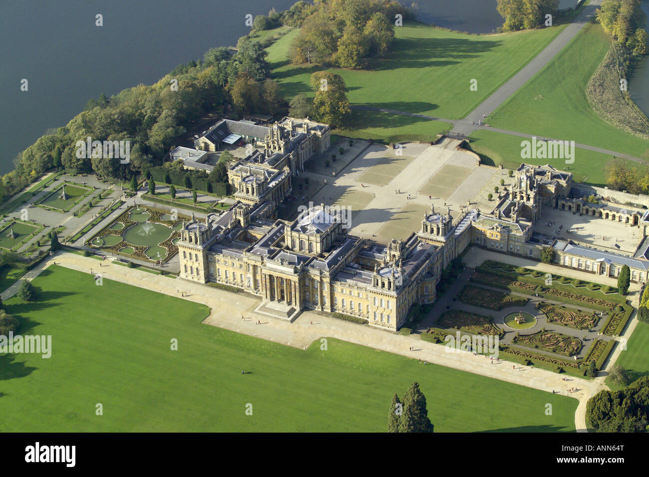 Aerial view of blenheim palace with it 39 s lake and formal for See images of my house