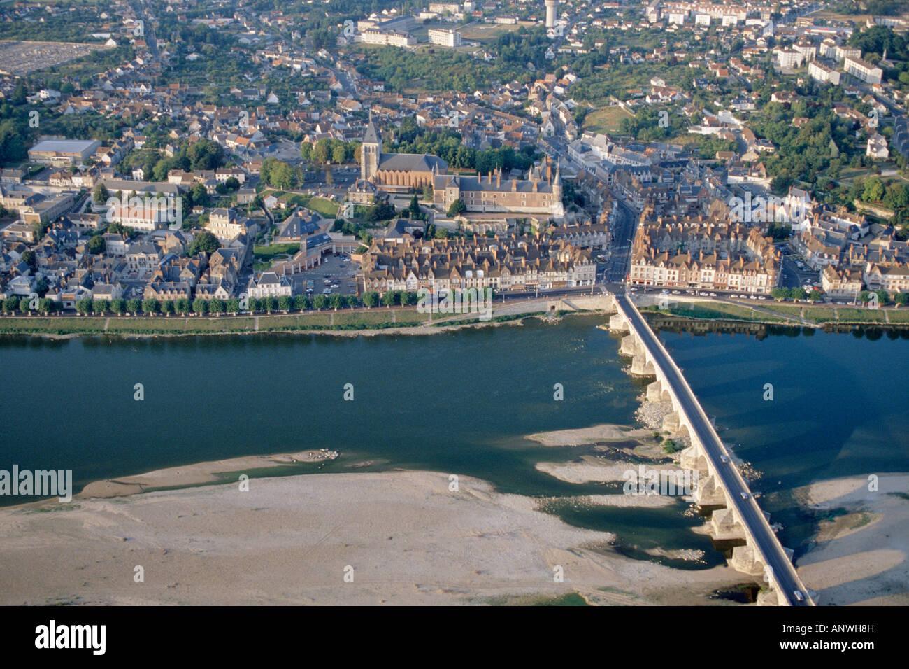 Aerial view aerien aerial vue aerienne pont sur la loire - Piscine thouare sur loire ...