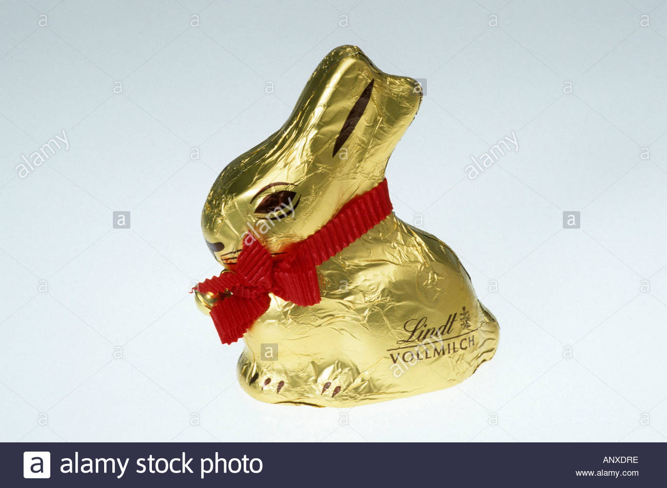 clip-image-lindt-chocolate-easter-bunny-