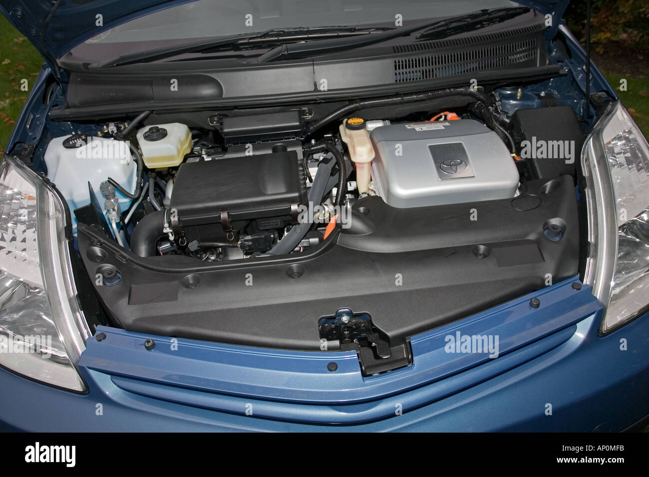Under The Bonnet Of A Toyota Prius Dual Fuel Petrol