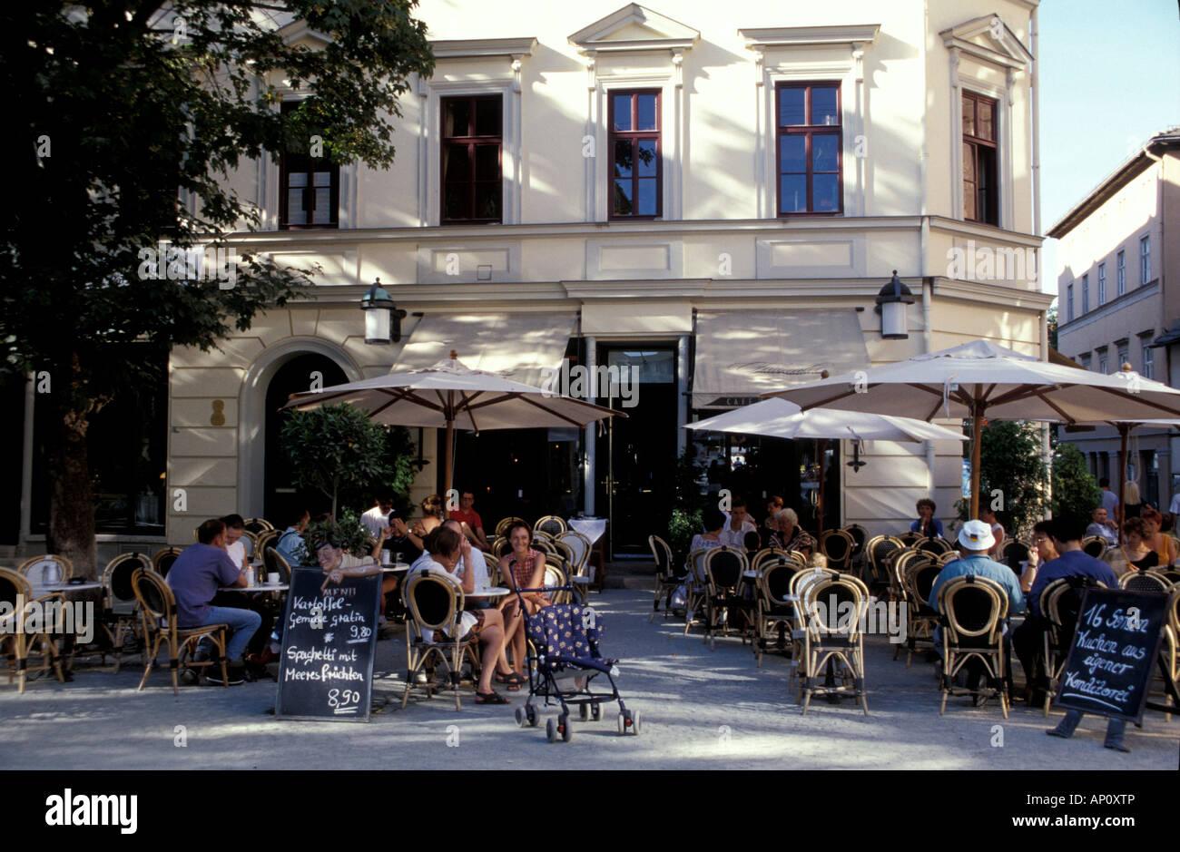 News Cafe Restaurant
