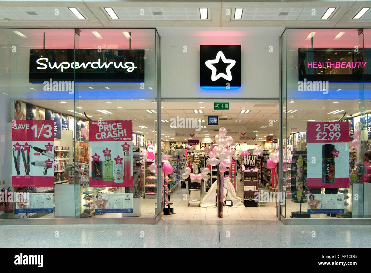 For years, Superdrug has been a strong contender of go-to high street stores for all things makeup, skincare and toiletries. With a wealth of health and beauty knowledge on offer too, you can always find what you need at Superdrug.