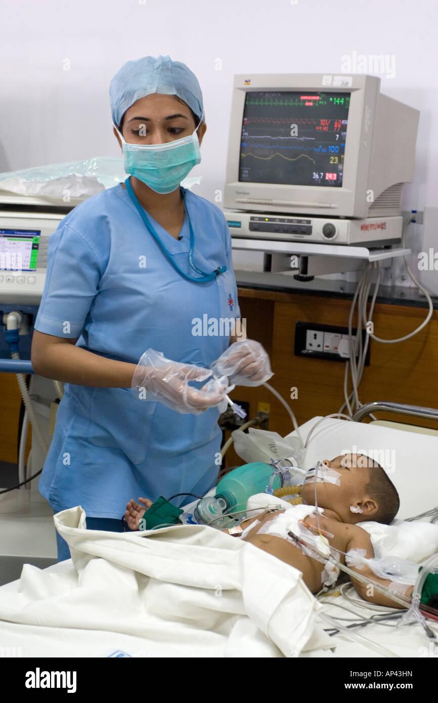 Nurses Work In The Pediatric Intensive Care Unit Picu Of