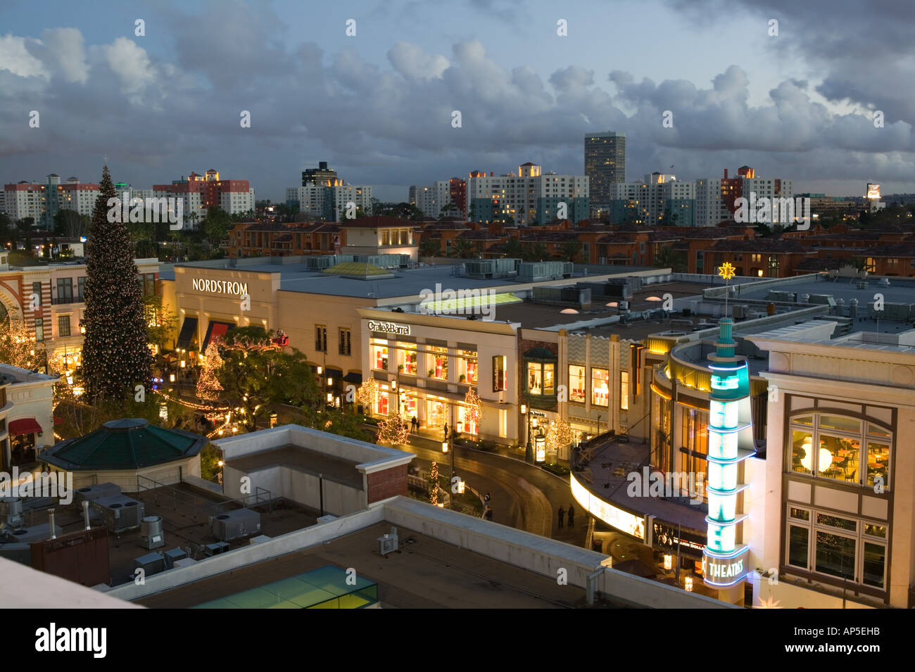 Apartment listings in California. Find apartments for rent in Los Angeles, Santa Monica, Brentwood, Hollywood, and more. - California Apartments for Rent | Pacific Listings.