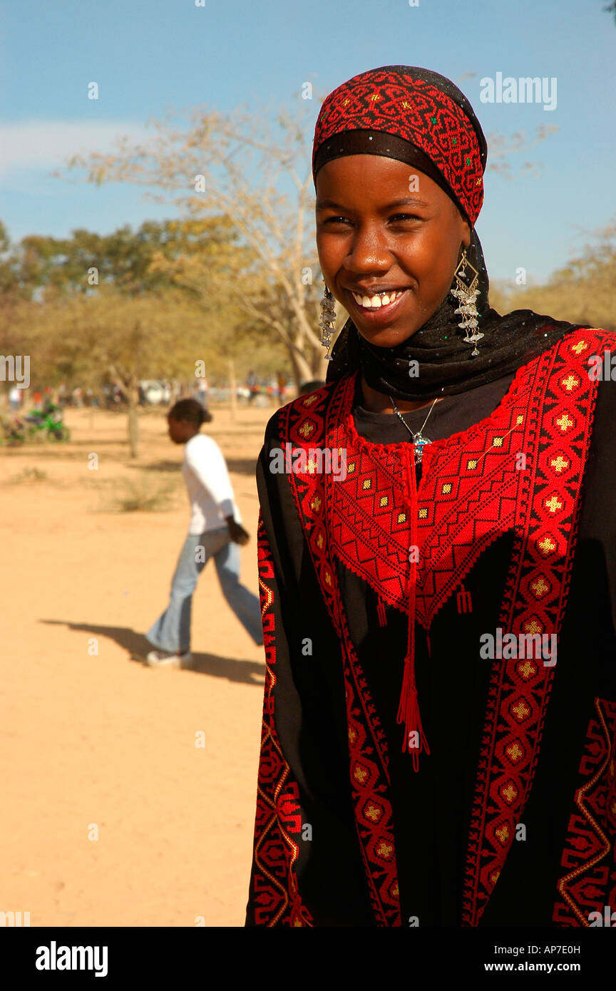israel negev young bedouin girl in traditional clothes