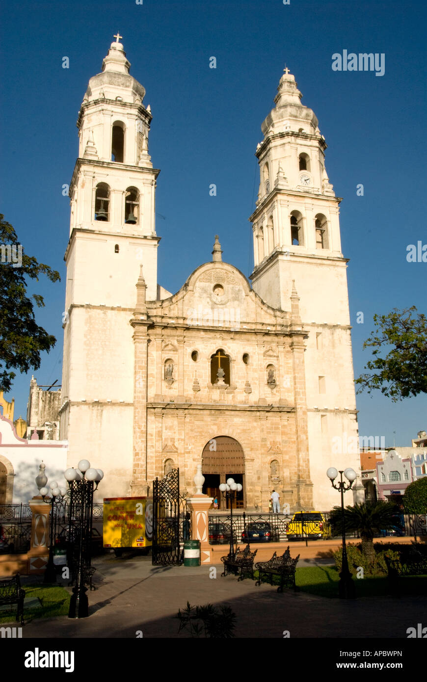 Colonial style architecture of mexico stock photo royalty for Mexican style architecture