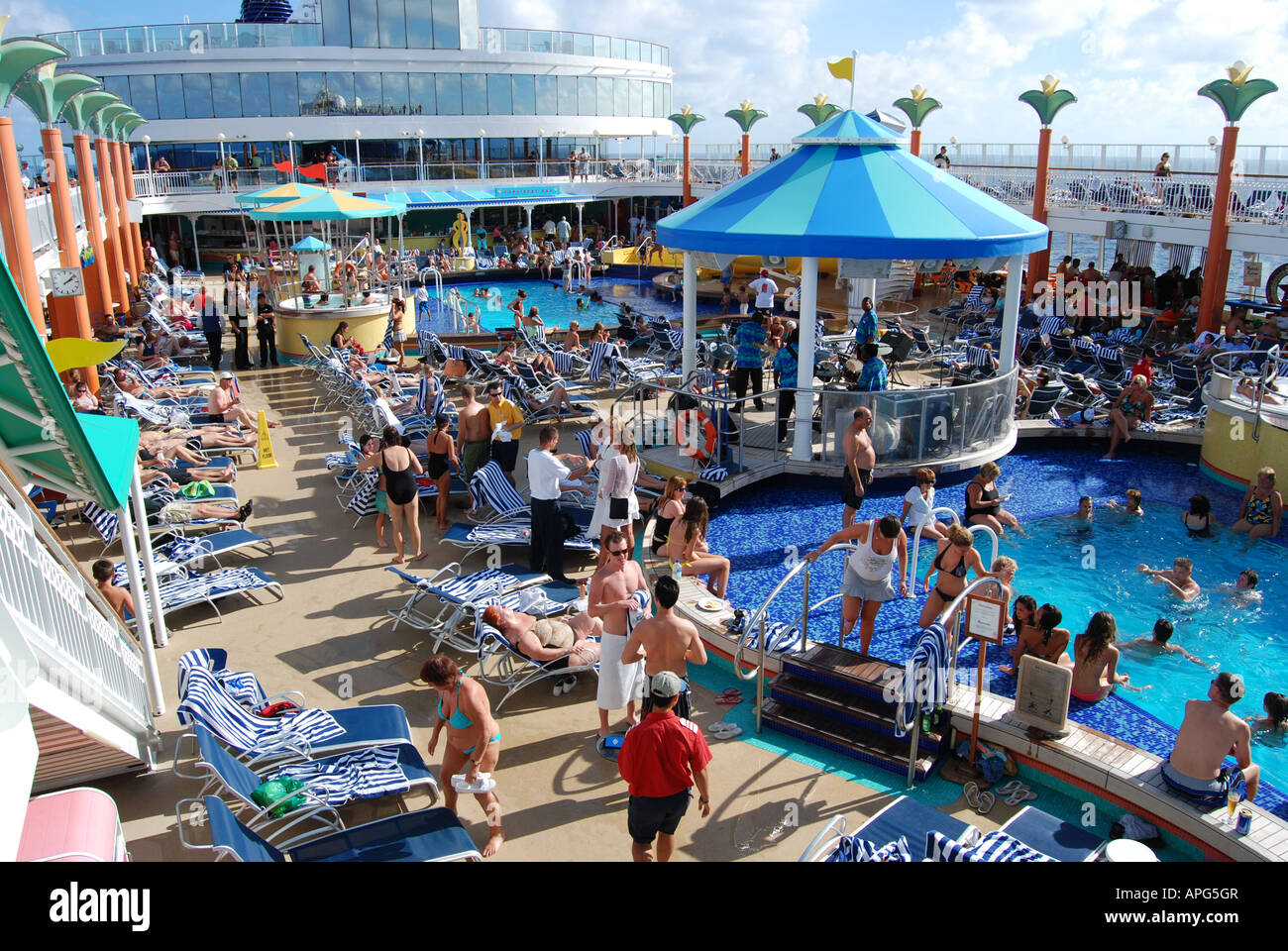 Main Deck And Swimming Pool On The NCL Norwegian Jewel Cruise - Norwegian jewel location