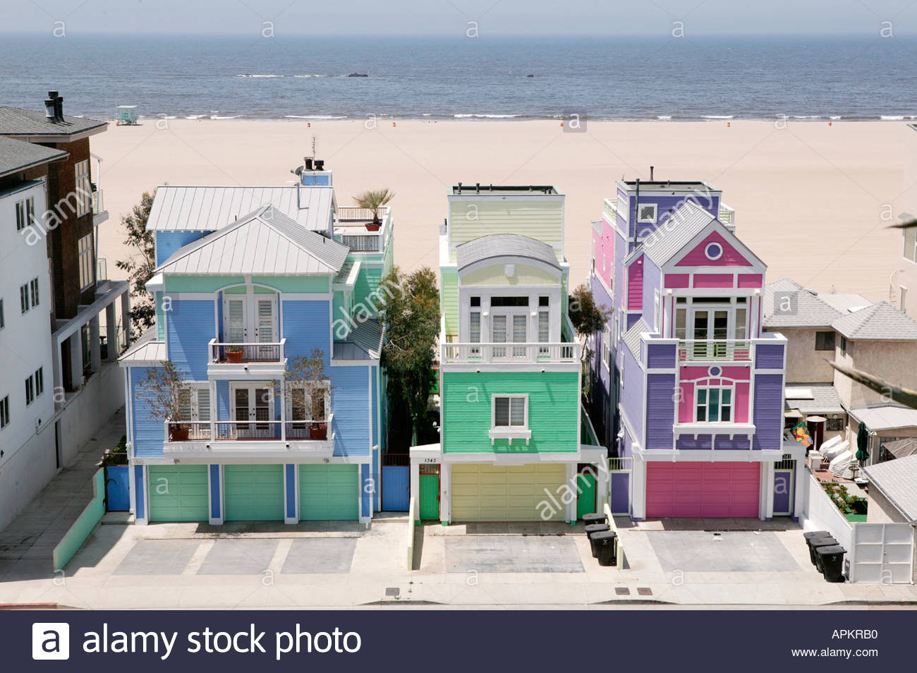 Pictures of houses on the beach - Colorful Houses By The Beach Santa Monica Los Angeles California Usa