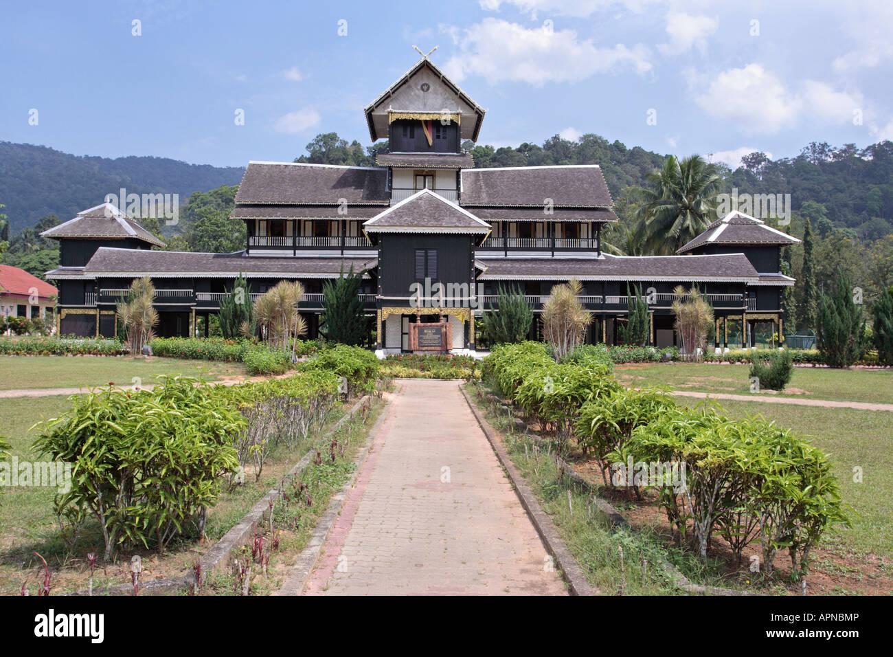 kuala pilah senior singles Single storey for rm 120 000 at kuala pilah, negeri sembilan 111 sqft 3 bedrooms, 2 bathrooms.