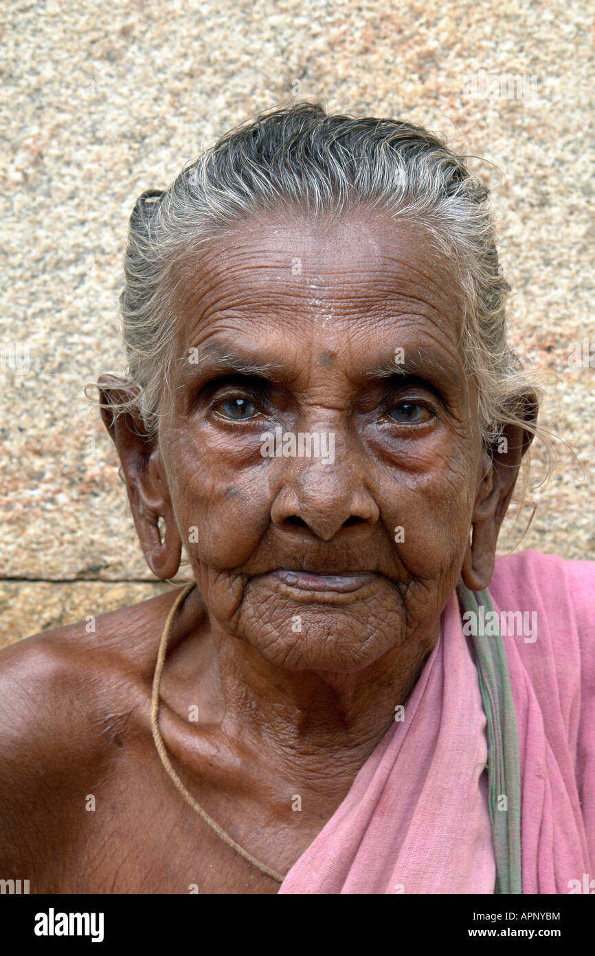 nude old indian woman