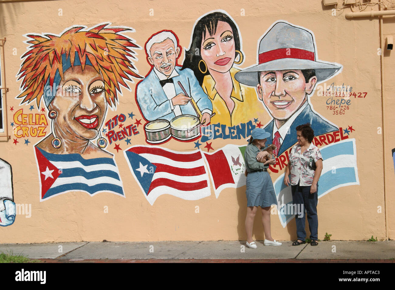 Miami florida little havana calle ocho mural hispanic for Celebrity mural
