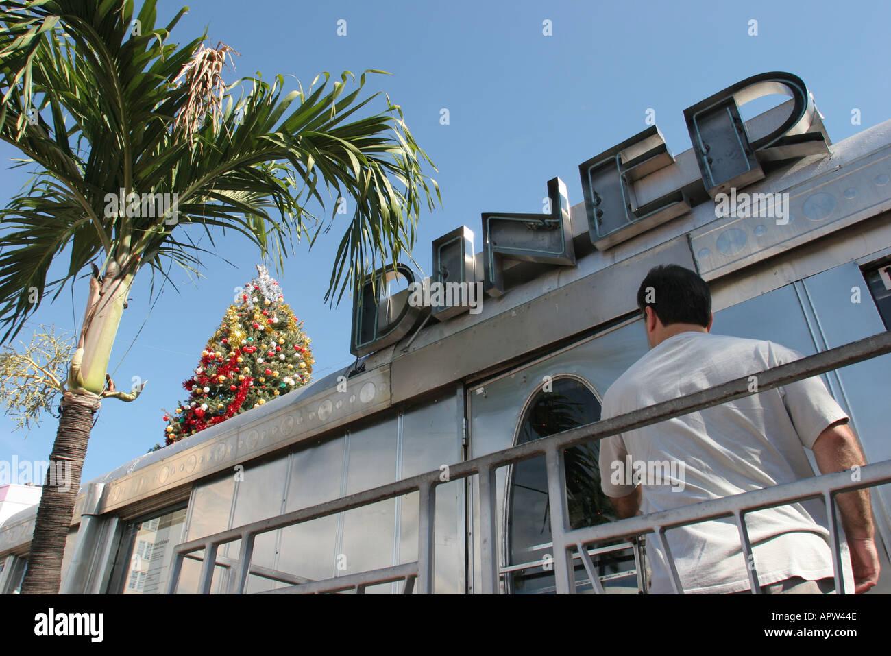 Th Street Diner Miami Beach Fl  Usa