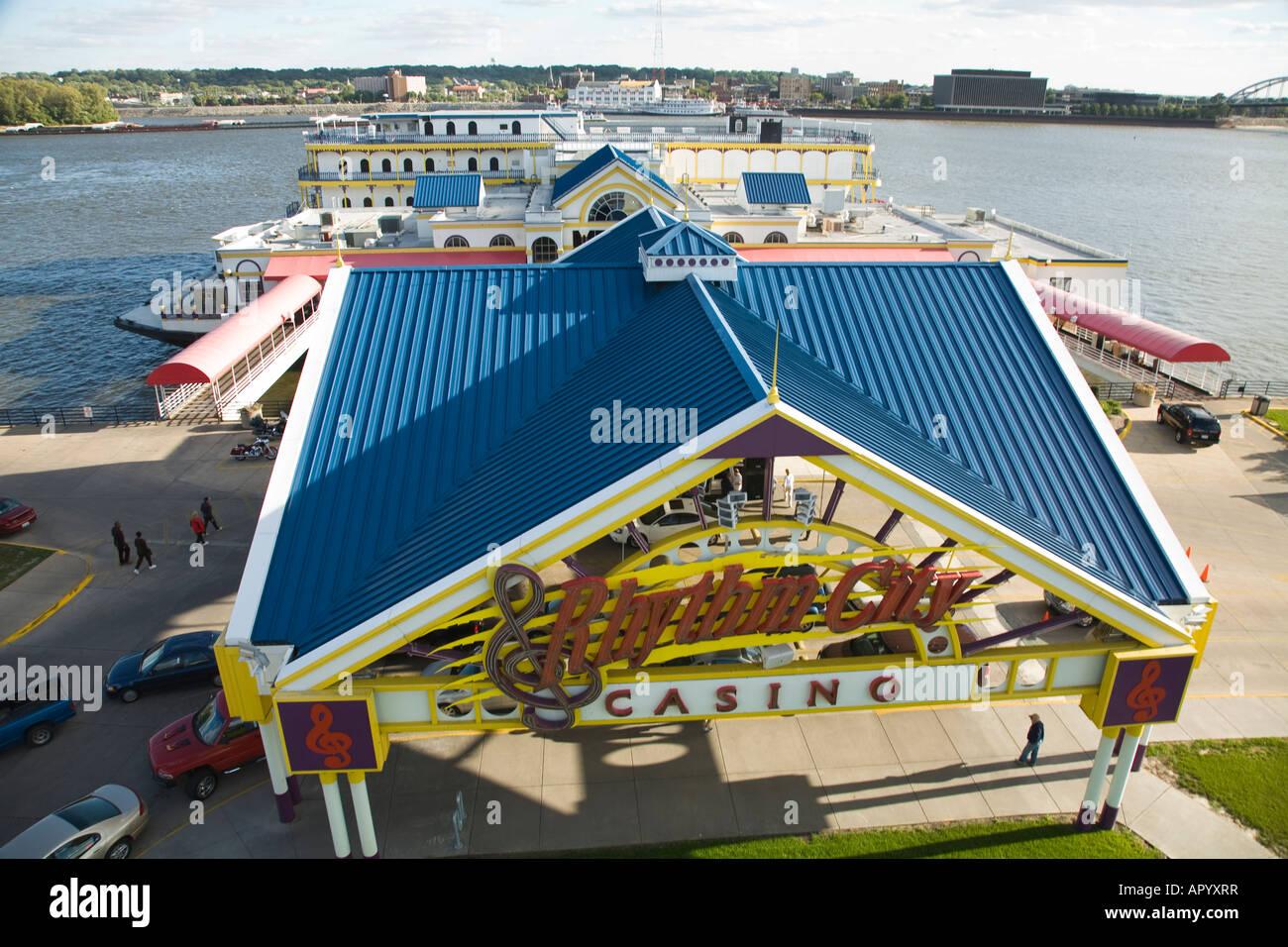 Davenport gambling free money to play at the casino