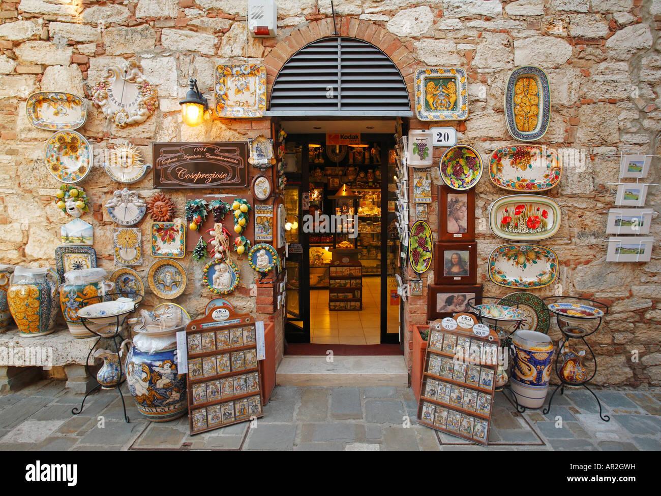 Souvenir shop in Bagno Vignoni, Tuscany, Italy Stock Photo ...