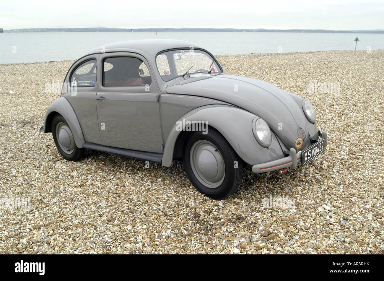 1951 vw volkswagen beetle split oval rear window stock for 1951 volkswagen split window