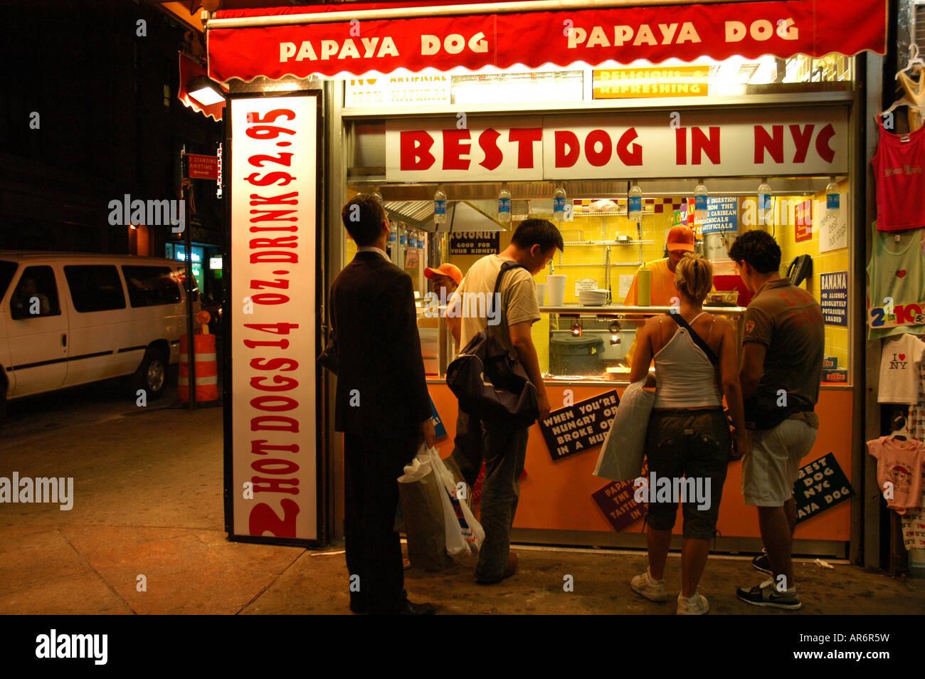 hot dog shop in the street new york usa puesto de hot dogs en la stock photo royalty free image. Black Bedroom Furniture Sets. Home Design Ideas