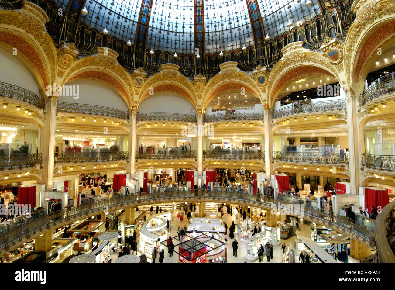 galeries lafayette department store paris france stock photo royalty free image 1542434 alamy. Black Bedroom Furniture Sets. Home Design Ideas