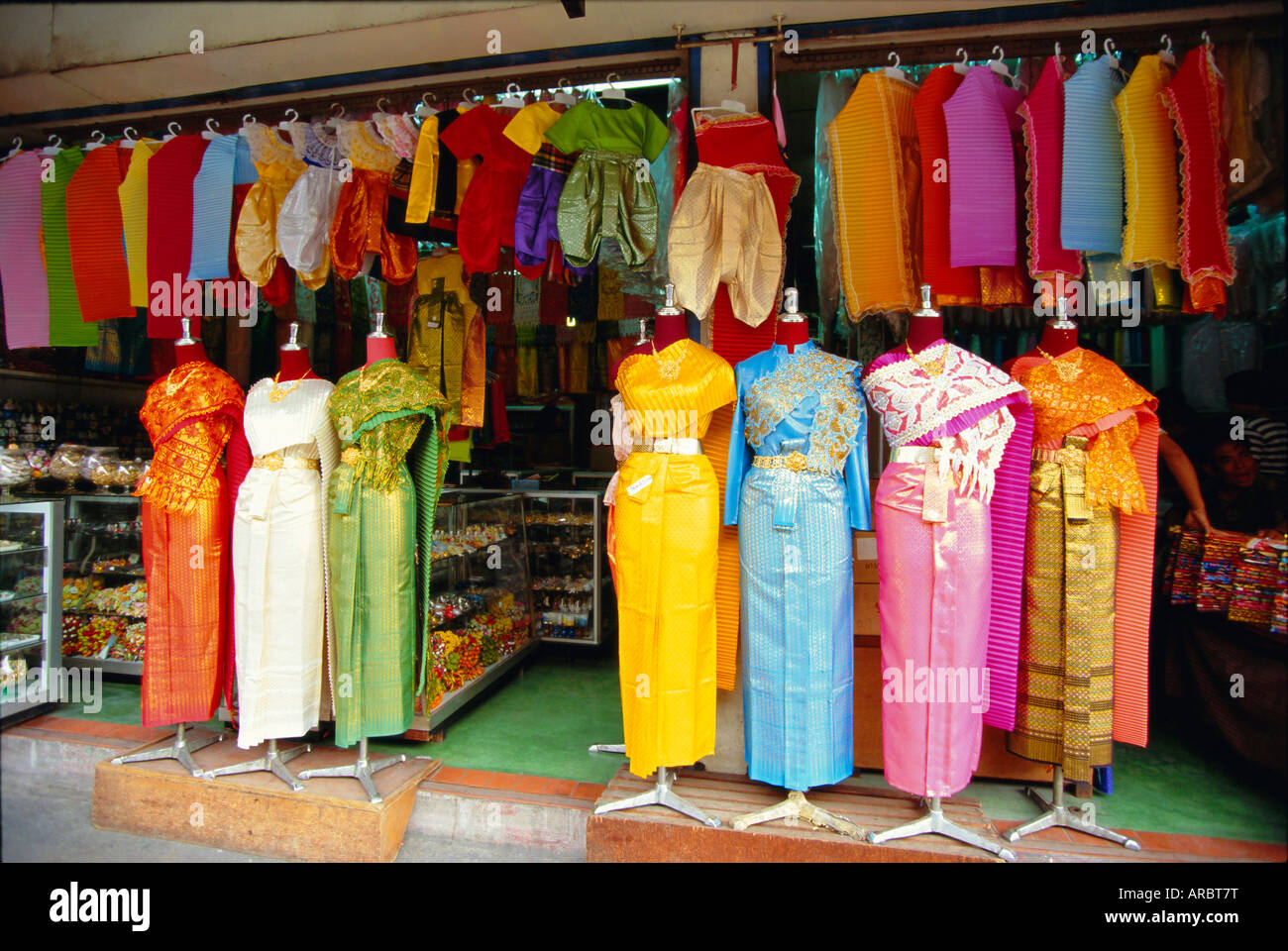 Asia shopping online clothes