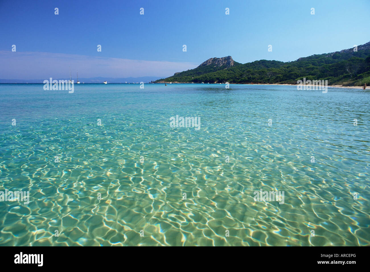 Still waters off the plage notre dame ile de porquerolles for Decor de france hyeres
