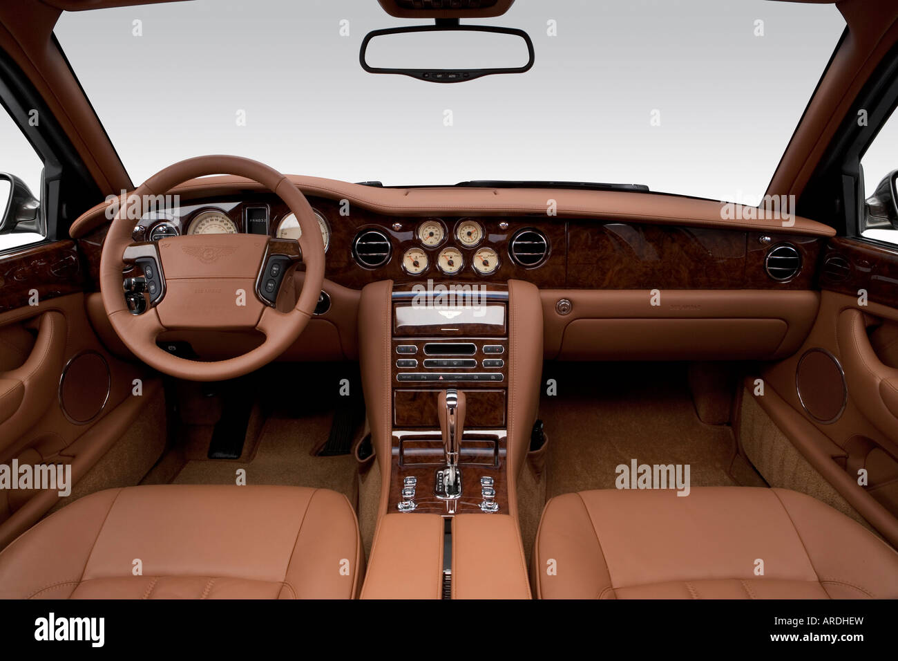 2006 bentley arnage r in green tail light stock photo royalty 2006 bentley arnage r in green dashboard center console gear shifter view vanachro Image collections