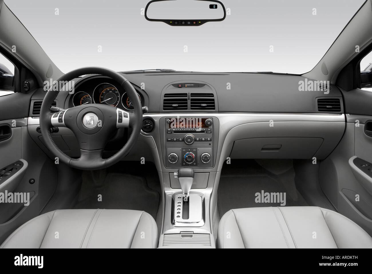 2007 saturn aura xe in blue dashboard center console gear shifter view