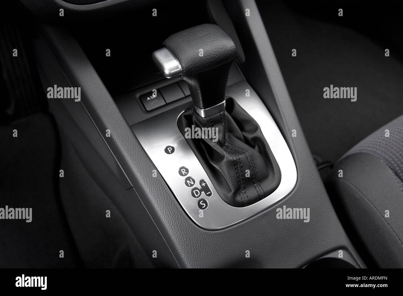 All Types 2006 jetta : 2006 Volkswagen Jetta Value Edition in Blue - Gear shifter/center ...