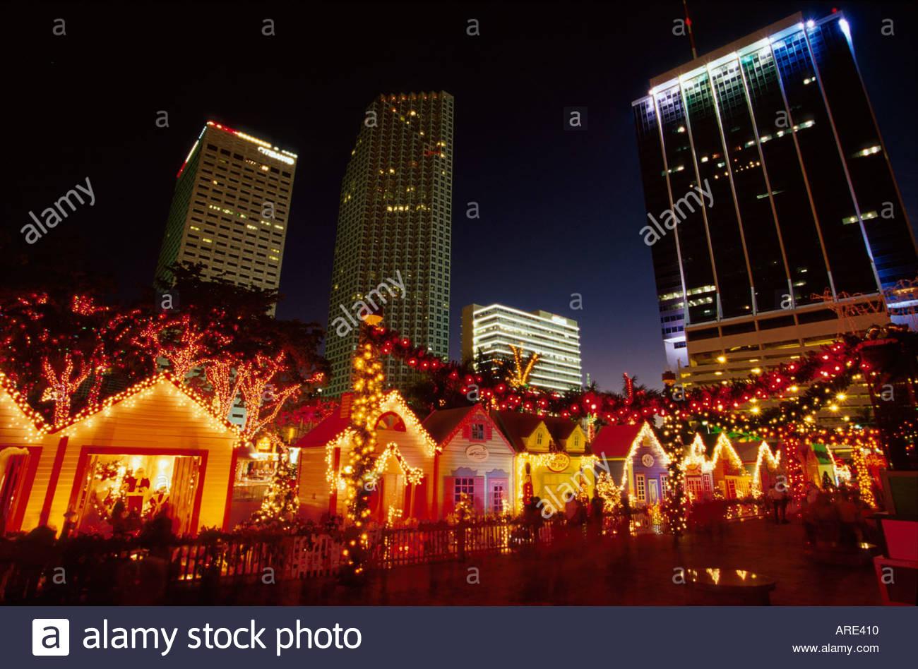 Miami Florida Holiday Village Christmas lighting display city ...