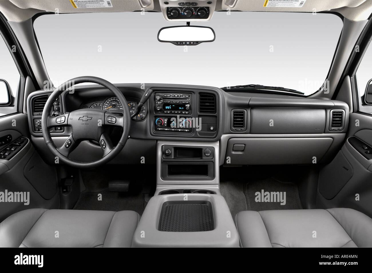 2006 chevrolet tahoe z71 in silver dashboard center console 2006 chevrolet tahoe z71 in silver dashboard center console gear shifter view sciox Image collections
