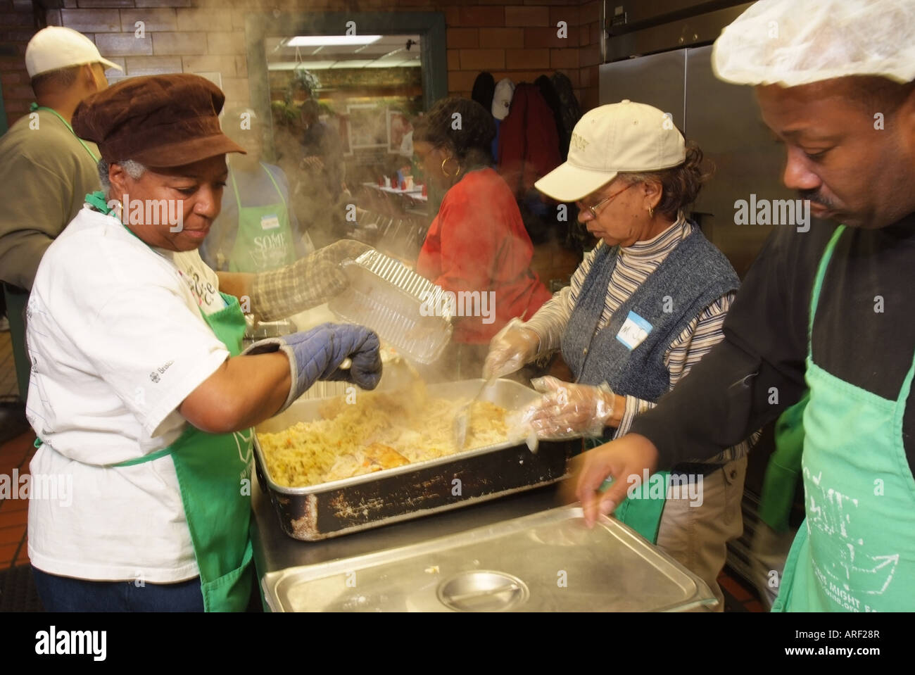 USA Washington DC Community volunteers at a soup kitchen Stock ...