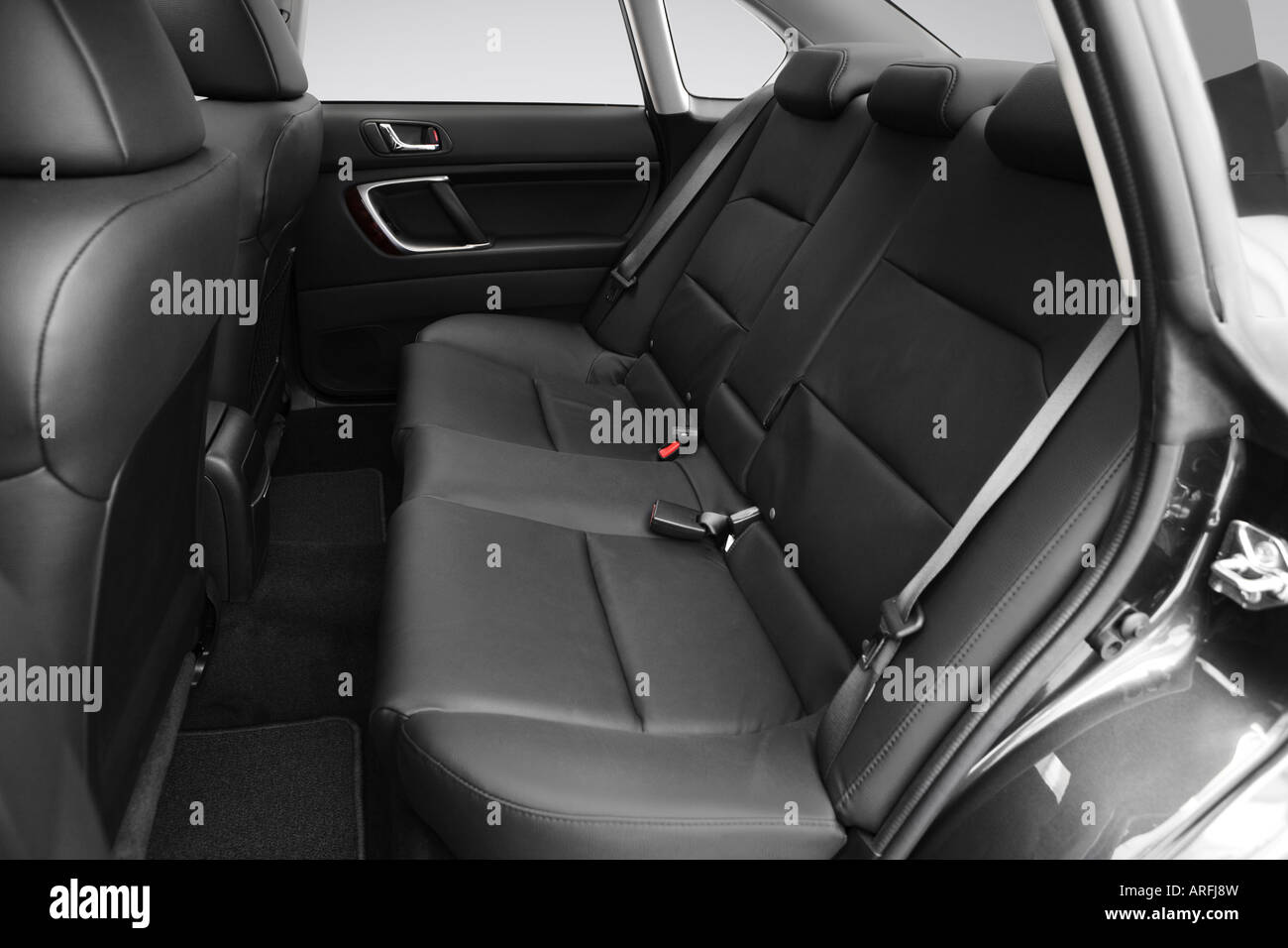 2008 subaru legacy 2.5i limited in gray - rear seats stock photo
