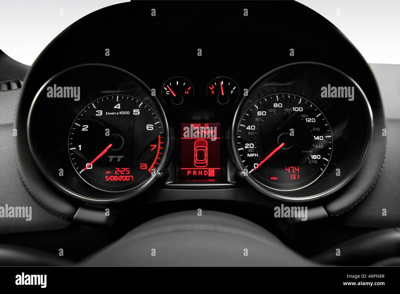 2008 Audi TT 32 quattro in Silver  Speedometertachometer Stock