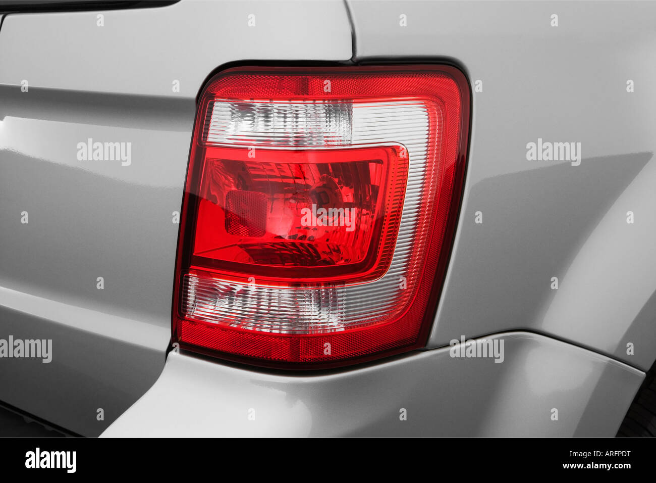 2008 ford escape xlt in silver tail light stock photo. Black Bedroom Furniture Sets. Home Design Ideas