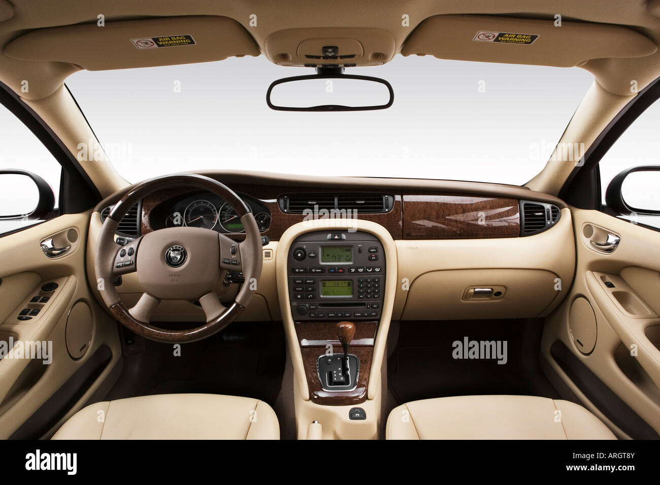 2007 jaguar x type sportwagon in red dashboard center console stock photo royalty free image. Black Bedroom Furniture Sets. Home Design Ideas